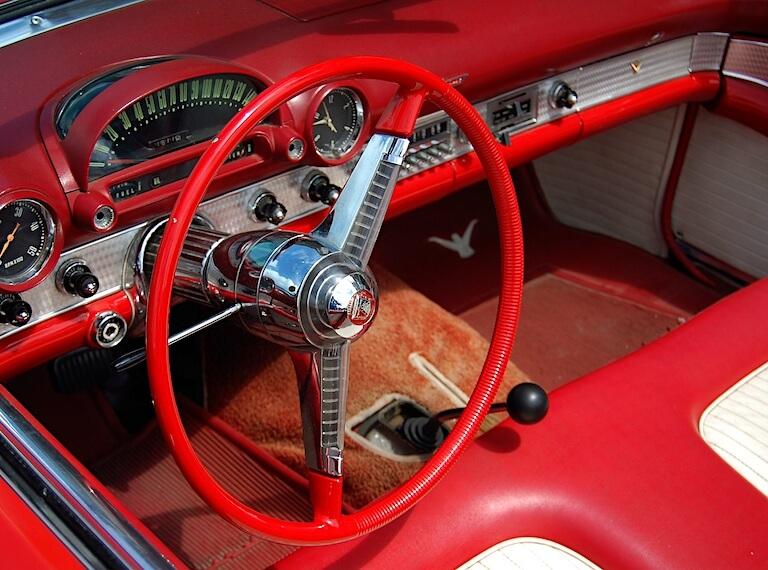 1955 Ford Thunderbird Mittaristo PD