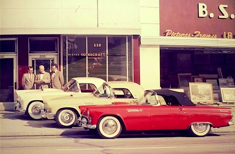Uudet Ford Thunderbirdit ovat juuri saapuneet myyntiin.
