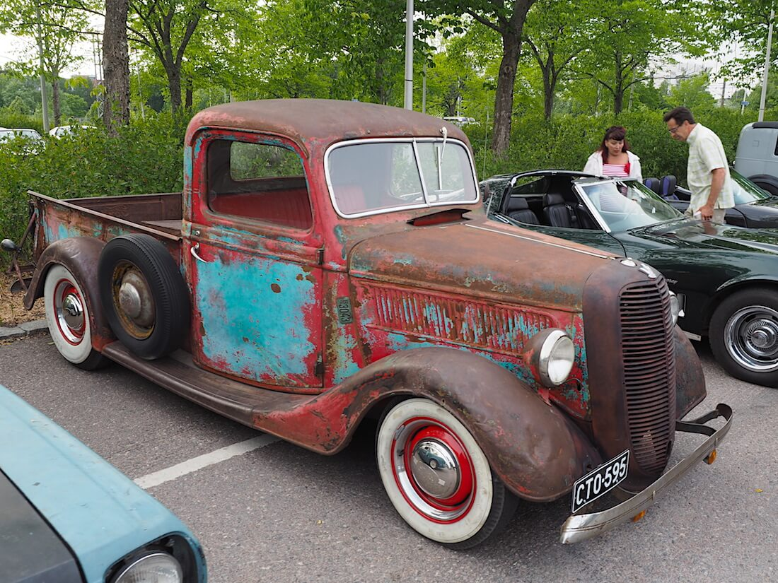 Kauniisti patinoitunut 1937 Ford Pickup. Tekijä: Kai Lappalainen, lisenssi: CC-BY-40.