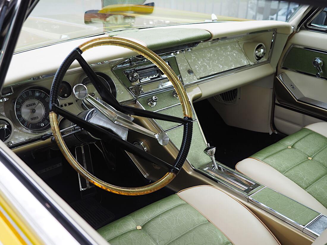 1964 Buick Riviera Sport Custom sisusta. Tekijä: Kai Lappalainen, lisenssi: CC-BY-40.