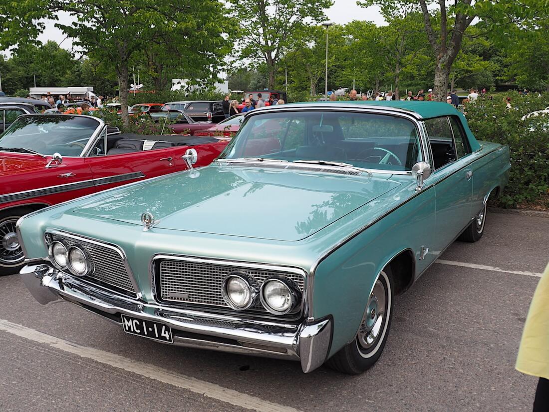 1964 Imperial Crown convertible. Tekijä: Kai Lappalainen, lisenssi: CC-BY-40.