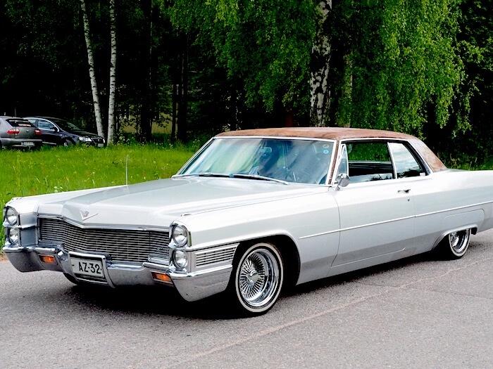 1965 Cadillac Coupe Deville. Kuva: Kai Lappalainen, lisenssi: CC-BY-40.