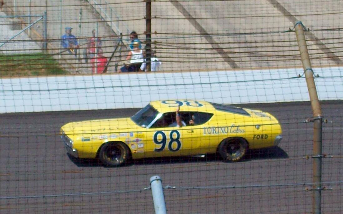Ford Talladega, Benny Parsonin auto NASCAR-sarjassa kaudella 1969. Kuva: Carl Sharp, lisenssi: CCBYSA30.