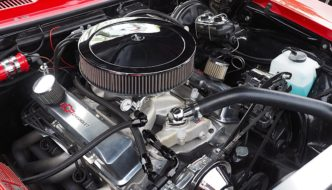 1968 Chevrolet Camaron alkuperäinen 350CID V8-moottori. Kuva: Kai Lappalainen, lisenssi: CC-BY-40.