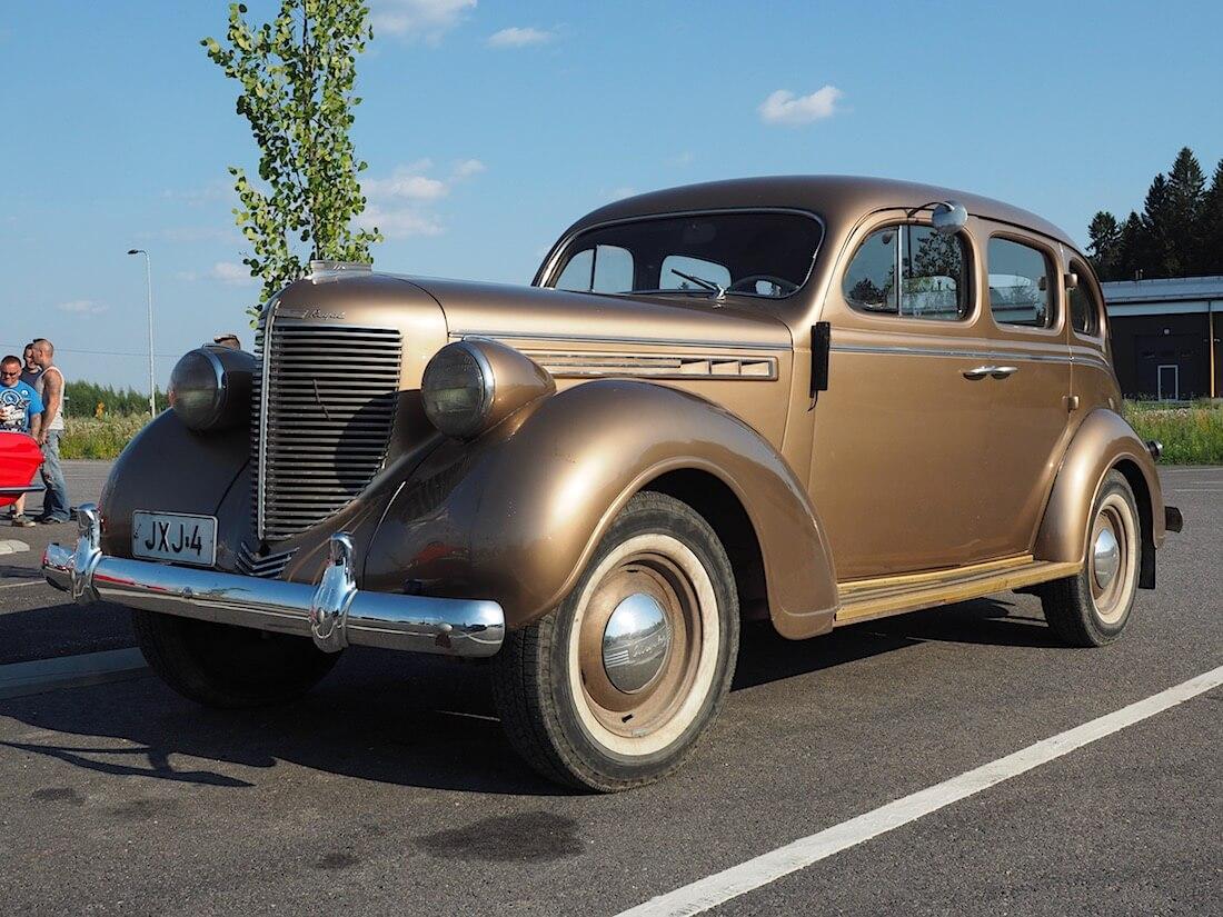 1938 Chrysler 4d Sedan. Tekijä: Kai Lappalainen. Lisenssi: CC-BY-40.