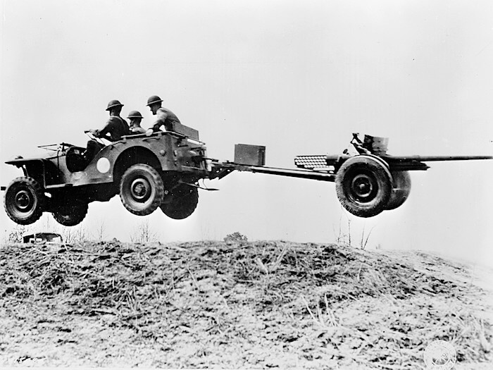 1941 Bantam BRC40 testiajossa. Tekijä: Yhdysvaltain armeija, lisenssi: Public domain.
