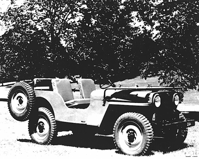 1945 Willys Jeep CJ-2A. Tekijä: Fiat Chrysler Automobiles US Media.