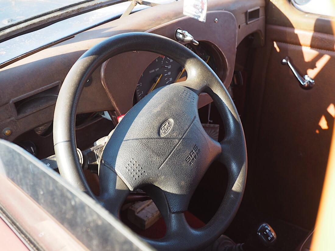 1952 Ford Prefect airbag. Tekijä: Kai Lappalainen. Lisenssi: CC-BY-40.