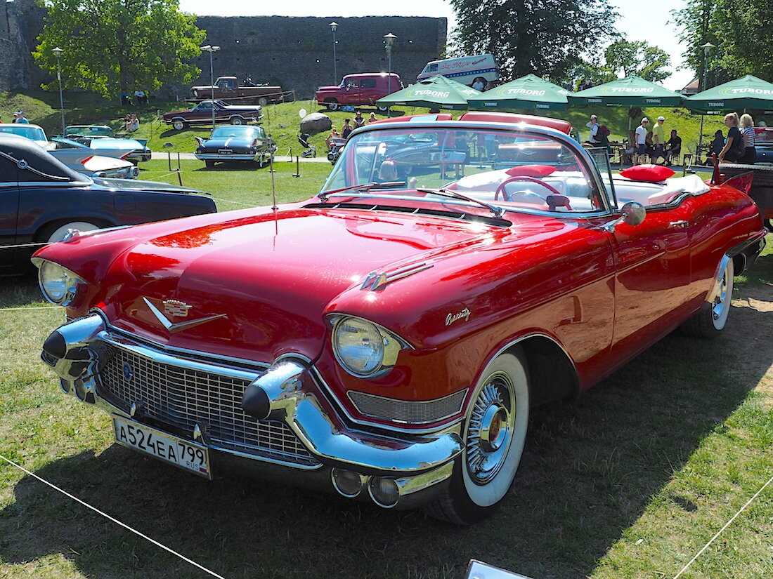 1957 Cadillac Eldorado Biarritz convertible. Tekijä: Kai Lappalainen, lisenssi: CC-BY-40.