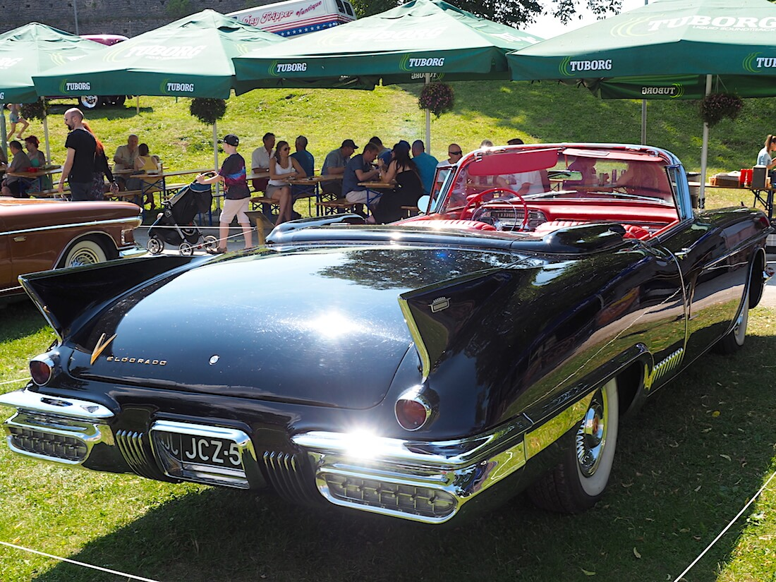 1958 Cadillac Eldorado Biarritz convertible. Tekijä: Kai Lappalainen, lisenssi: CC-BY-40.