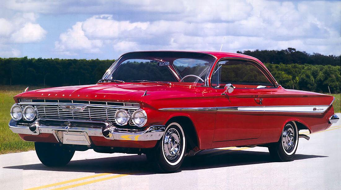 1961 Chevrolet Impala SS 360-hevosvoimaisella 409cid V8-moottorilla. Tekijä: Rex Gray, lisenssi: CCBY20.