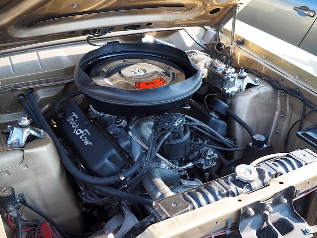 Torinon useaan kertaan vuosien varrella rakennettu 351cid V8-moottori. Tekijä: Kai Lappalainen. Lisenssi: CC-BY-40.