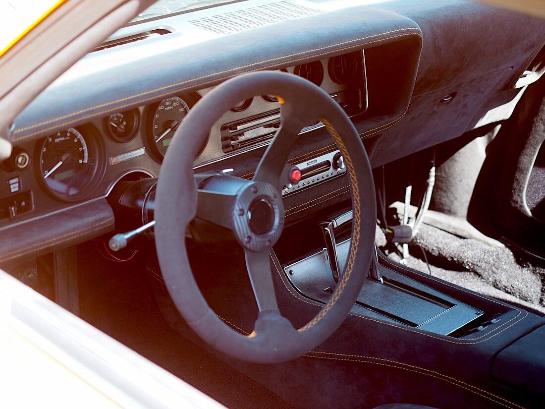1972 Chevrolet Camaron custom sisusta. Tekijä: Kai Lappalainen, lisenssi: CC-BY-40.
