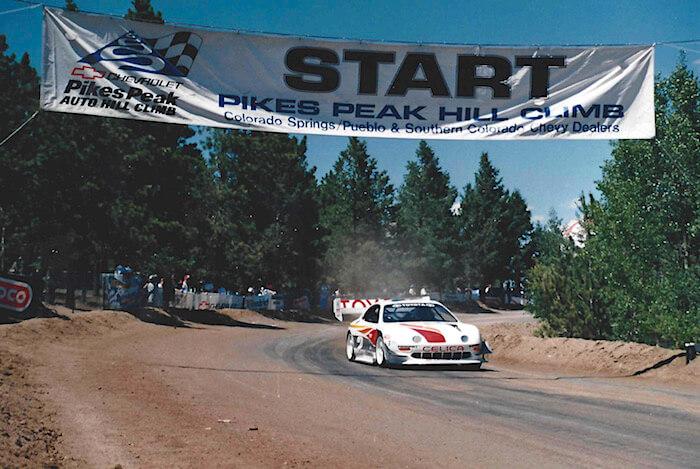 1994 Toyota Celica Pikes Peak kilpailussa kuljettajana Rod Millen. Kuva ja copyright: Volkswagen AG.