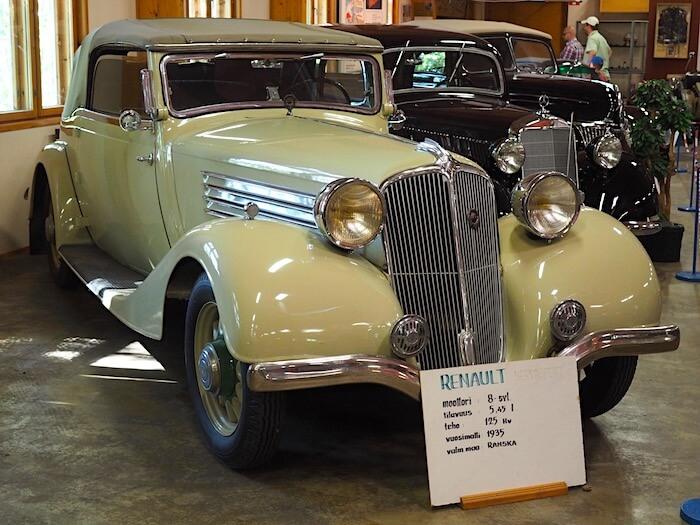 1935 Renault Nervasport Type ANC 1 Cabriolet Vehoniemen automuseossa. Tekijä: Kai Lappalainen. Lisenssi: CC-BY-40.