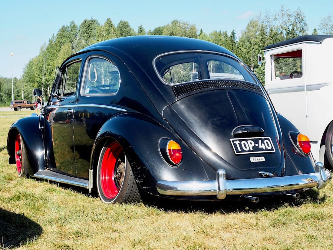 Madallettu 1964 Volkswagen VW1200 kupla. Kuvan tekijä: Kai Lappalainen. Lisenssi: CC-BY-40.