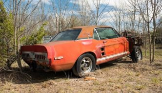 1967 Shelby GT500 EXP hardtop coupe Little red. Kuva ja copyright: Barrett-Jackson press release.