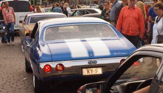 1972 Chevrolet Chevelle Malibu Hardtop 500cid V8 Stadin Cruising Night illassa Kauppatorilla. Tekijä: Kai Lappalainen. Lisenssi: CC-BY-40.