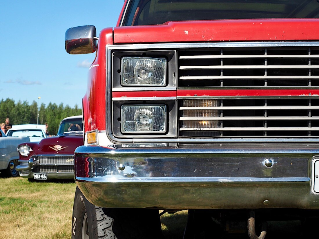1978 Chevrolet Blazer K5 400cid keula. Kuvan tekijä: Kai Lappalainen. Lisenssi: CC-BY-40.