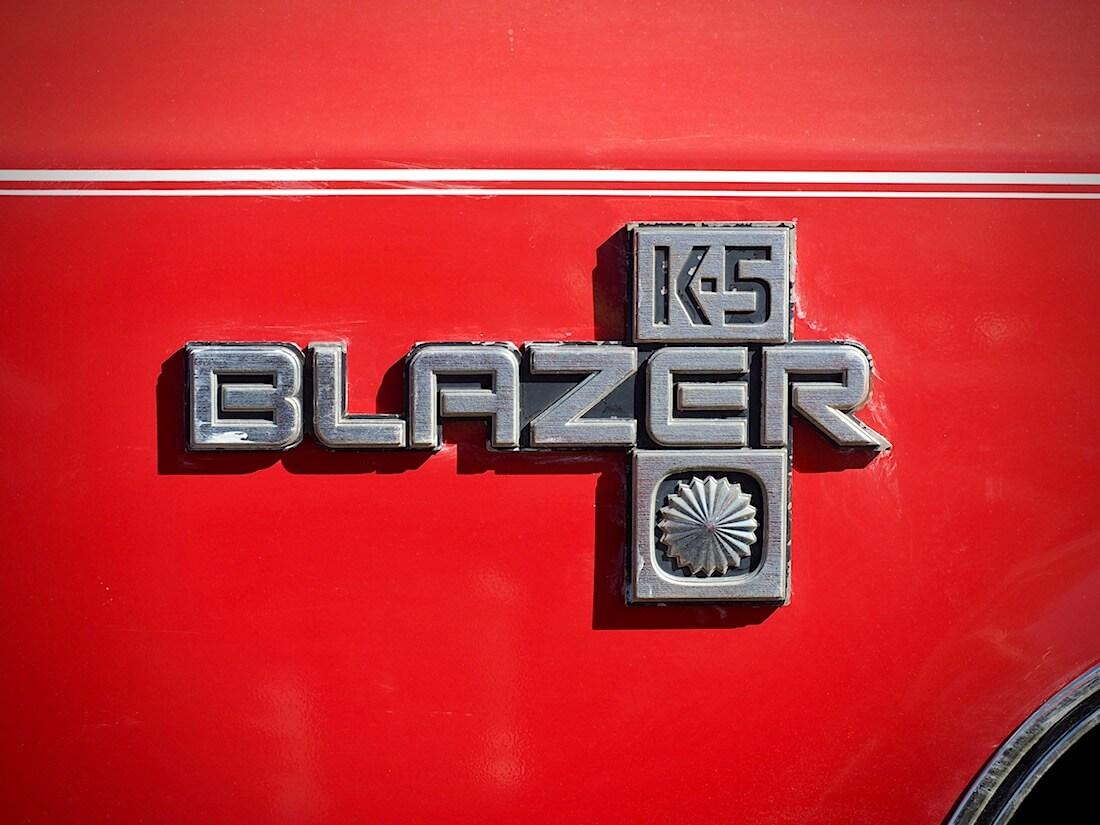 1978 Chevrolet K5 Blazer logo. Kuvan tekijä: Kai Lappalainen. Lisenssi: CC-BY-40.