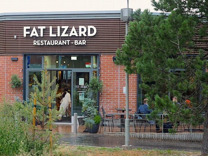 Ravintola Fat Lizard Espoon Otaniemessä. Kuvan tekijä: Kai Lappalainen. Lisenssi: CC-BY-40.