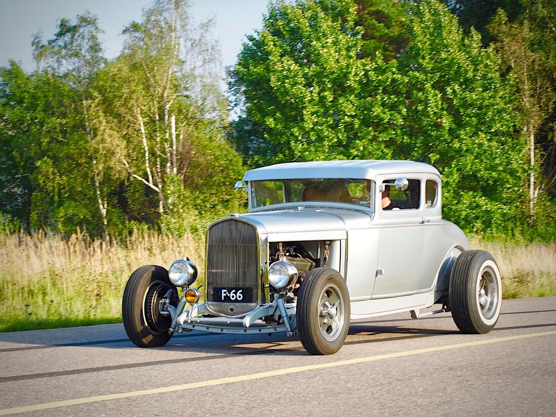 1932 Ford 5-Window Coupe 303cid rodi. Tekijä: Kai Lappalainen. Lisenssi: CC-BY-40.