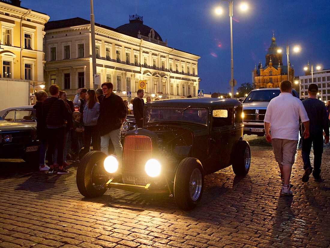 1932 Ford Tudor rodi 337cid big flathead V8. Tekijä: Kai Lappalainen. Lisenssi: CC-BY-40.