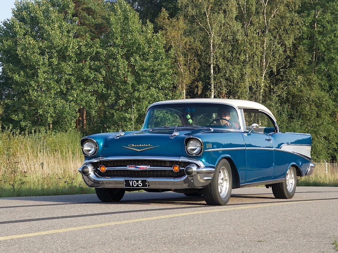 1957 Chevrolet Bel Air 283cid V8. Tekijä: Kai Lappalainen. Lisenssi: CC-BY-40.