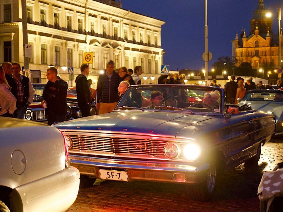 1964 Ford Galaxie 500 2d Convertible 390cid V8. Tekijä: Kai Lappalainen. Lisenssi: CC-BY-40.