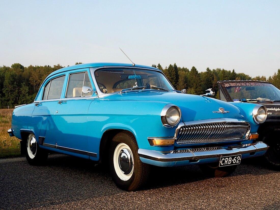 1964 Volga GAZ21 edestä. Tekijä: Kai Lappalainen. Lisenssi: CC-BY-40.