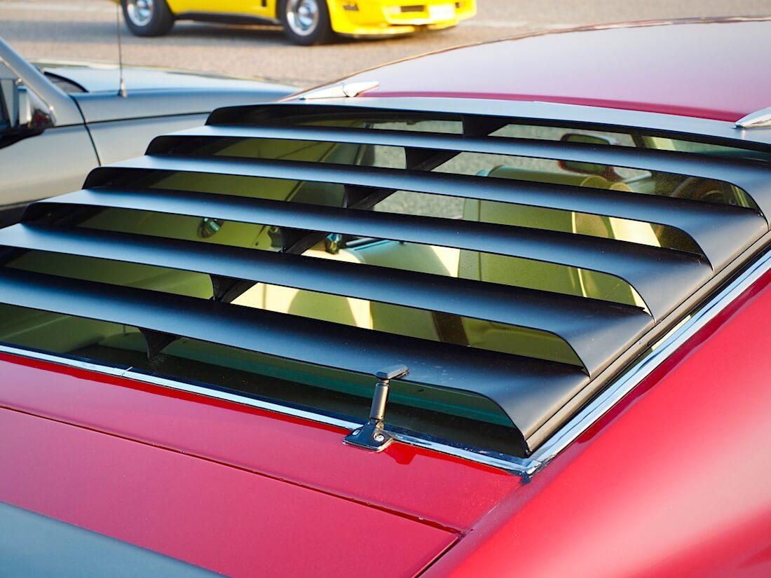 1969 Ford Mustang Mach 1 351cid takalasin ritilä. Tekijä: Kai Lappalainen. Lisenssi: CC-BY-40.