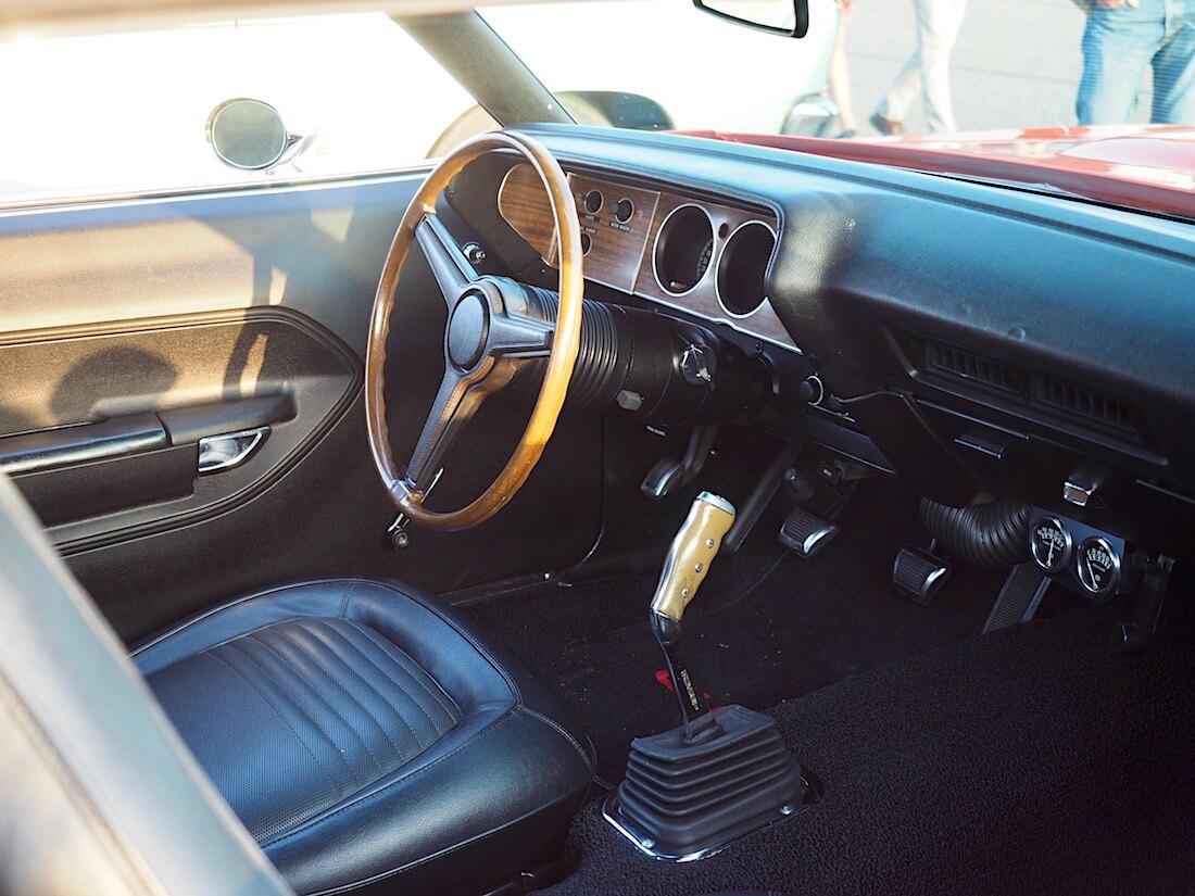 1970 Plymouth Cuda 340cid 2d Hardtop ratti ja sisusta. Tekijä: Kai Lappalainen. Lisenssi: CC-BY-40.