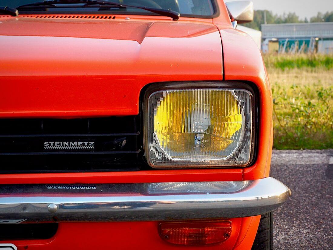 1977 Opel Kadett C Steinmetz tuning maski. Tekijä: Kai Lappalainen. Lisenssi: CC-BY-40.