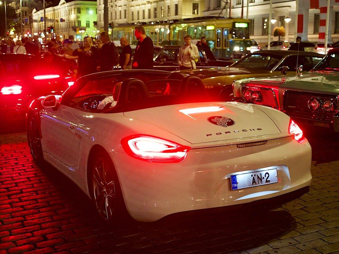 Valkoinen 2013 Porsche Boxster S. Tekijä: Kai Lappalainen. Lisenssi: CC-BY-40.