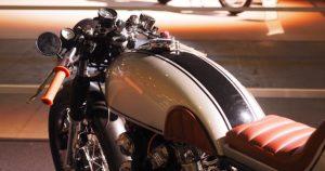 Honda CB450 Cafe racer. Kuva: Kai Lappalainen. Lisenssi: CC-BY-40.