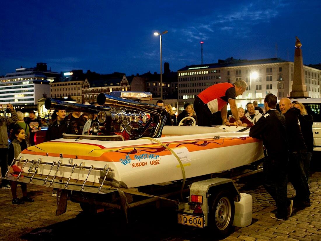 Wellcraft Hondo Racing Boat kilpavene Fordin V8-moottorilla. Tekijä: Kai Lappalainen. Lisenssi: CC-BY-40.