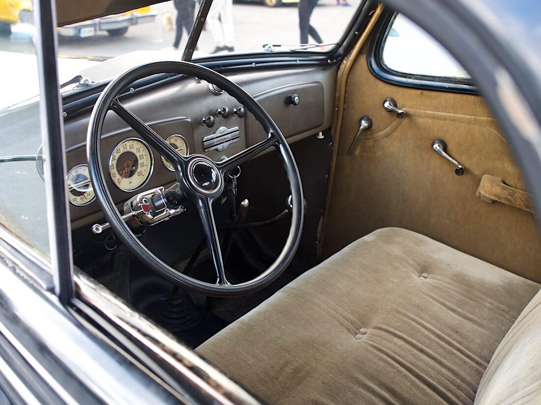 1936 Chevrolet Master Business Coupe alkuperäinen sisusta. Tekijä: Kai Lappalainen. Lisenssi: CC-BY-40.