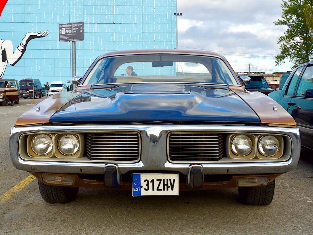 1974 Dodge Charger 318cid V8. Tekijä: Kai Lappalainen. Lisenssi: CC-BY-40.
