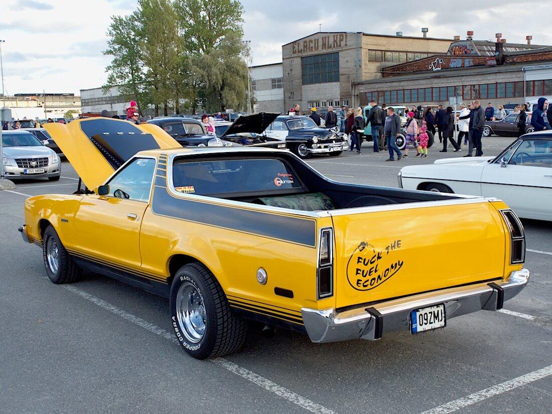 1978 Ford Ranchero 429cid Pickup henkilöautoon pohjautuva lava-auto. Tekijä: Kai Lappalainen. Lisenssi: CC-BY-40.