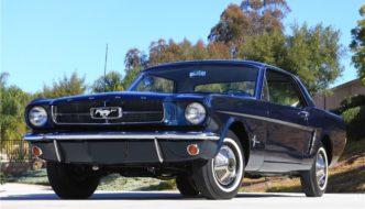 Ensimmäinen koskaan valmistunut 1964.5 Ford Mustang Hardtop Coupe. Kuva ja copyright: Barrett-Jackson.