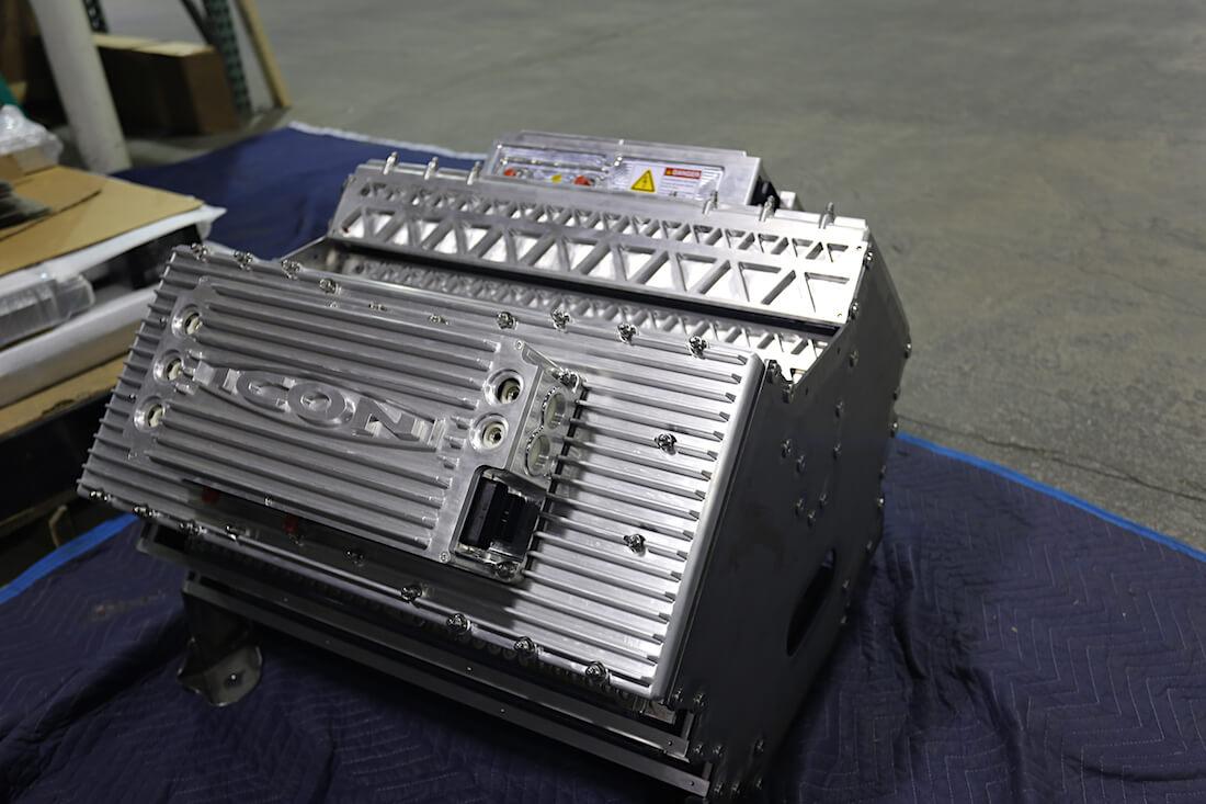 1949 Mercury Coupe Derelict Teslan V8-moottori. Kuva ja copyright: ICON.