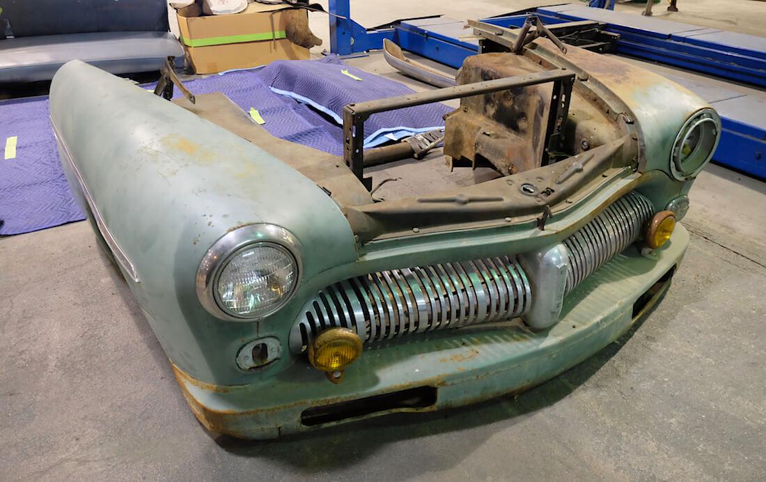 1949 Mercury Coupe Derelict keulan peltiosat. Kuva ja copyright: ICON.