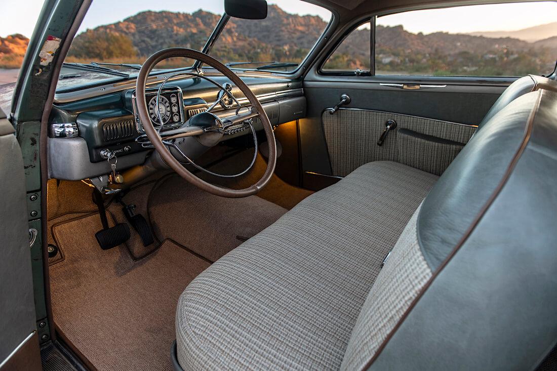 1949 Mercury Coupe Derelict ohjaamo ja kojelauta. Kuva ja copyright: ICON.