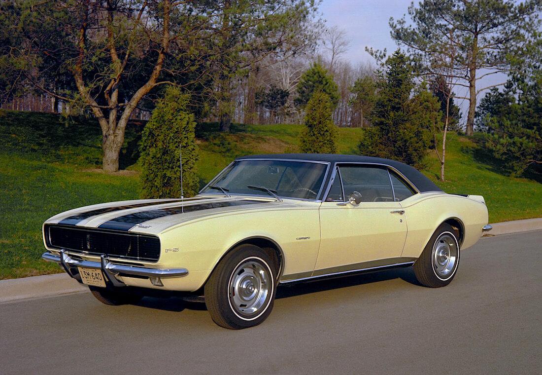 keltainen 1967 Chevrolet Camaro Z/28 302.4cid V8. Kuva ja copyright: GM Media.