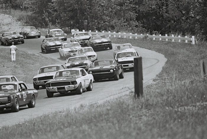 1967 Mid-Ohio Trans-Am osakilpailu. Kuva: Dave Friedman collection. Lisenssi: CCBYNCND20.