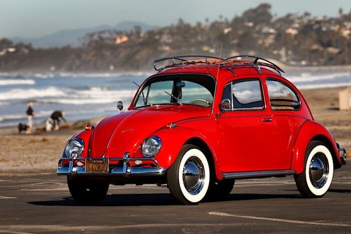 Kathleen Brooksin tehdasentisöity ja miedosti customoitu 1967 VW kupla. Kuva ja copyright: Volkswagen of America.