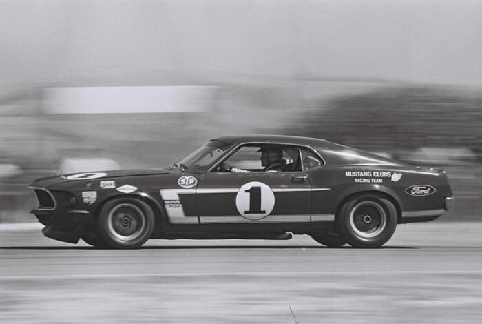 1969 Ford Mustang Boss 302 Trans-Am auto Laguna Secan radalla. Kuva: Dave Friedman collection, CCBYNCND20.