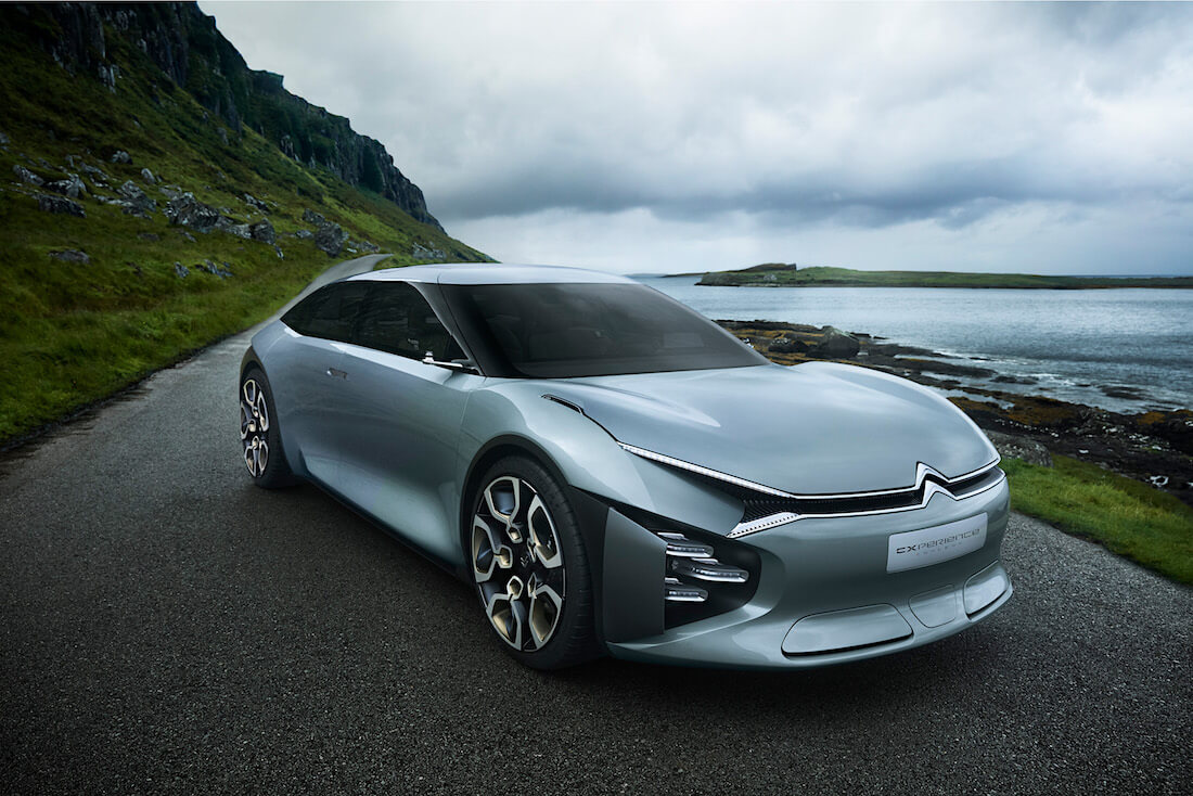 2016 Citroën CEXPERIENCE hybridi-konseptiauto. Kuva ja copyright: Citroen Communications.