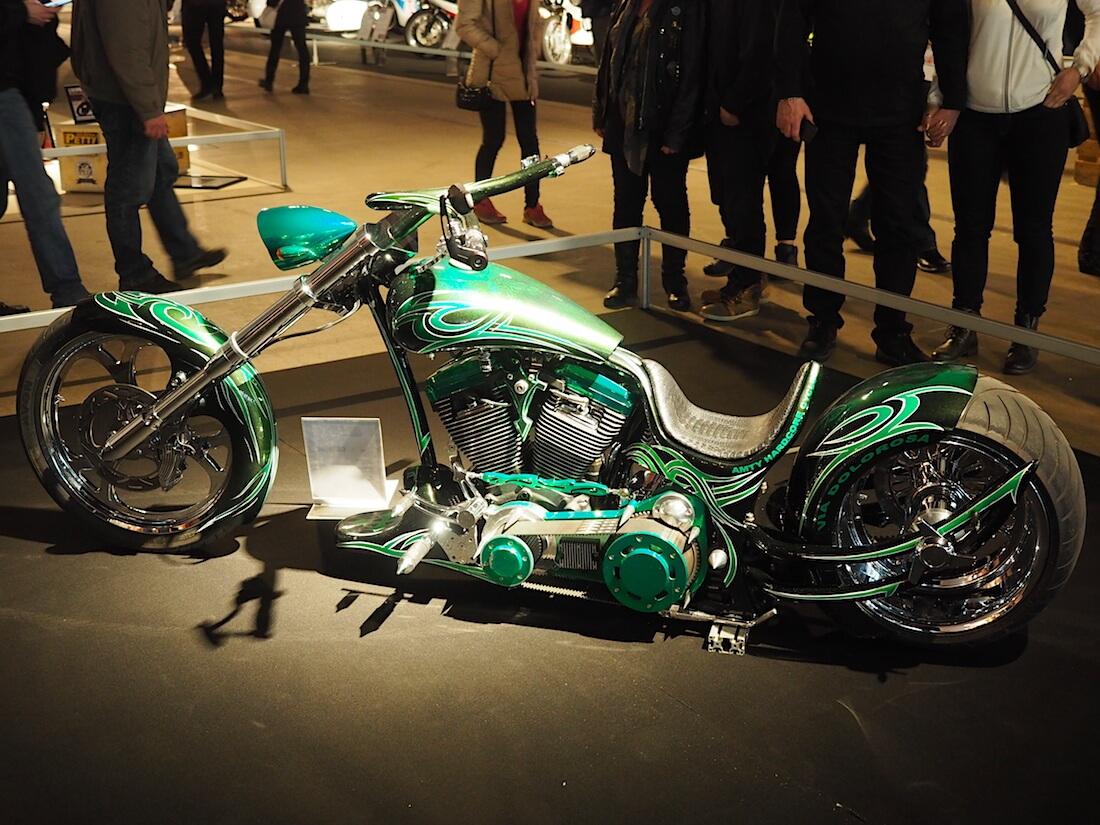 1992 Harley Davidson FLSTF FatBoy Softail Custom. Kuva: Kai Lappalainen. Lisenssi: CC-BY-40.