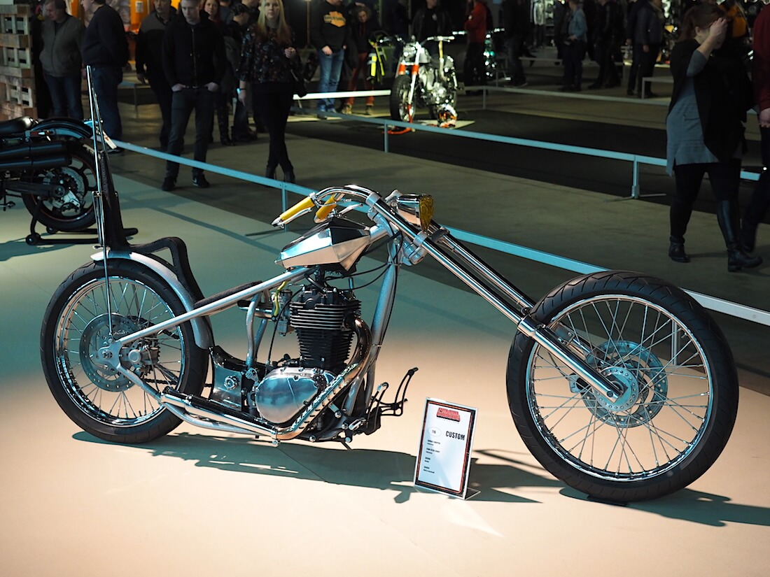 Suzuki 650 Savage Custom Chopper Mp19. Kuva: Kai Lappalainen. Lisenssi: CC-BY-40.